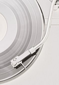 Pattenspieler mit Schallplatte