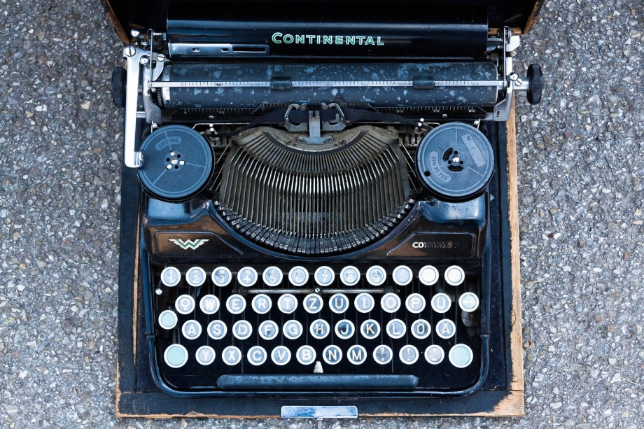 typewriter 4 -publich domain