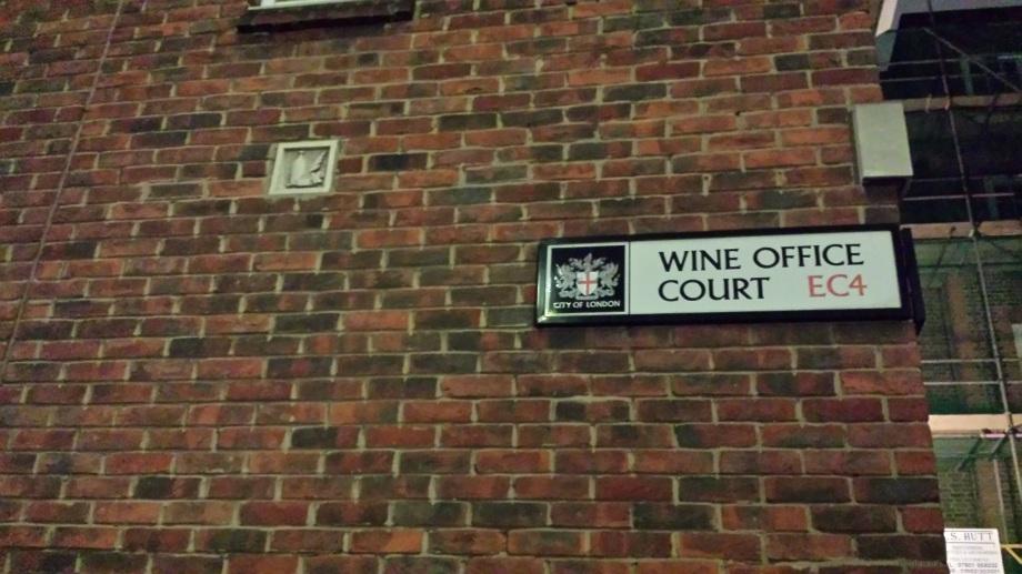 London 12 Copyright 2016 m.n.d.